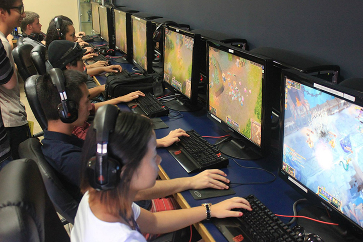 eSports program launches at UCI in Fall 2016
